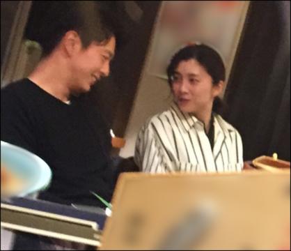竹内結子 熱愛 中林大樹 焼き鳥デート 週刊誌写真