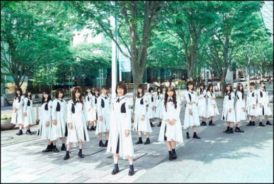 日向坂46 デビューシングル センター誰