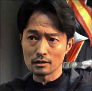 3年A組 黒幕 スーツアクターの田中 エボルト