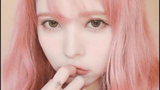 益若つばさ 顔 変化 2019 整形しすぎ ピンク髪