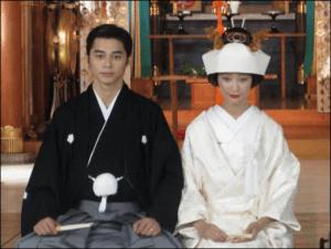 杏と東出昌大の神社での結婚式