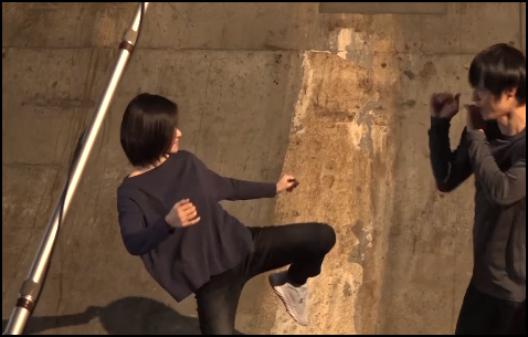 山本舞香 空手 蹴り カッコいい